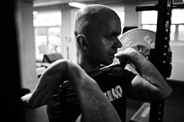 Read more about the article Knævandring i squat er ufarligt